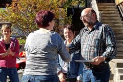 15 - Danksagung und Übergabe Urkunde an Bänklisponsoren